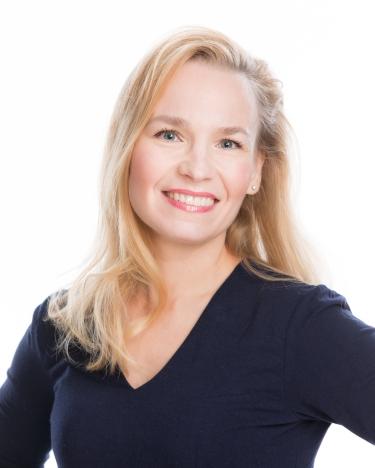 Silmälääkäri Helena Bragge Nokialla